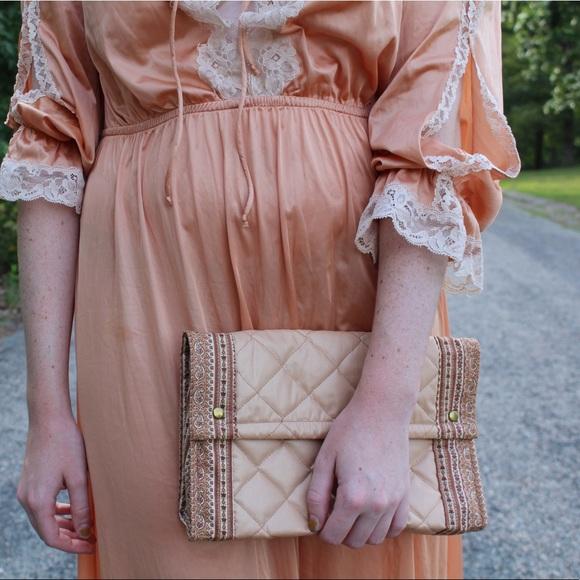 Vintage Handbags - Neutral / Tan Vintage Quilted Clutch Purse